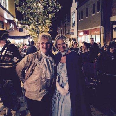 Street Fair - 2014 - Jeanette & Christine